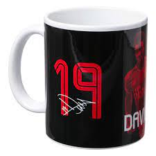 image of fc bayern mug with alphonso davies image and number with autograph